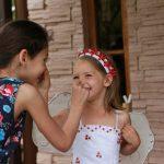Игра в носики - лучший отдых с детьми в Абхазии на Каштаке