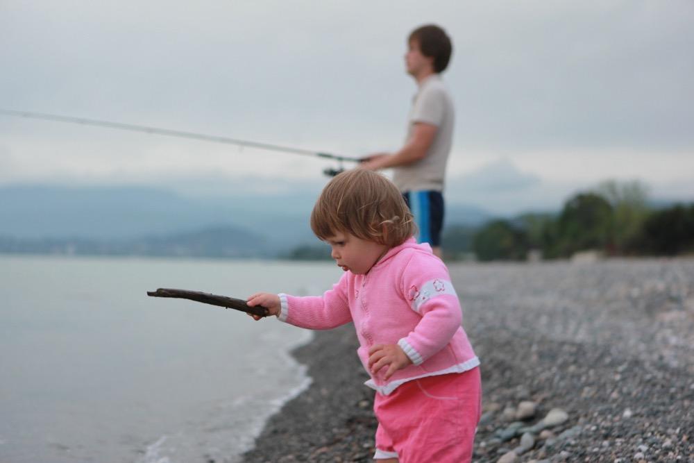 Рыбалка в Абхазии на отдыхе с детьми