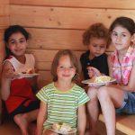 Друзья - лучший отдых с детьми в Абхазии на Каштаке