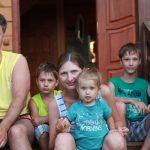 Неземные голубые глаза - лучший отдых с детьми в Абхазии на Каштаке