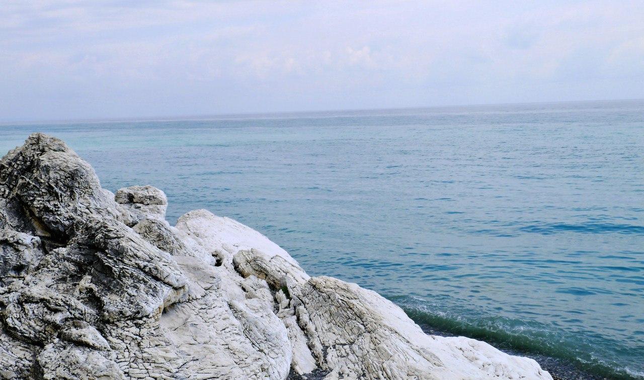 Фото отдыха у моря в Абхазии