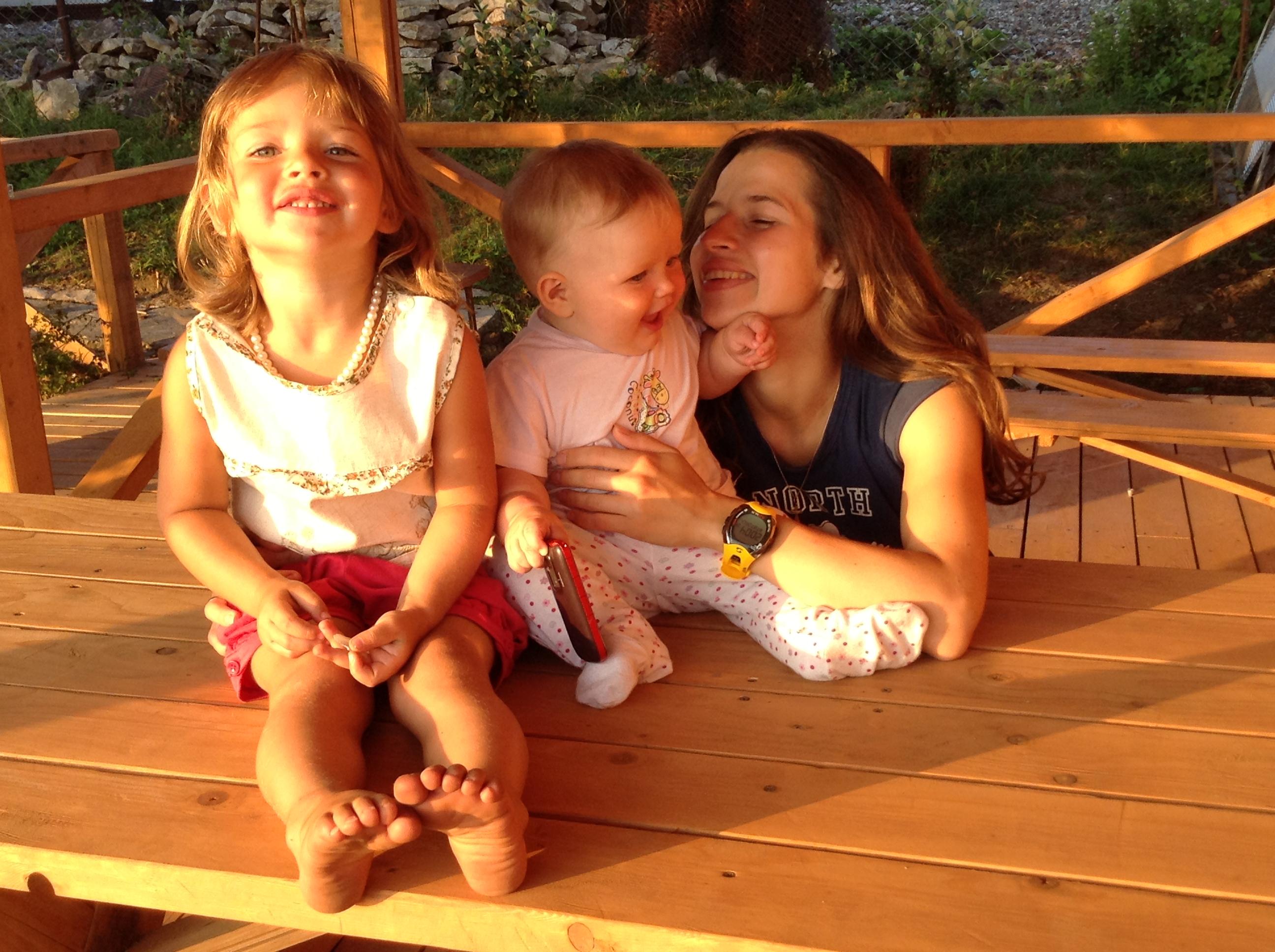 Отдых в Абхазии с детьми - Беседка